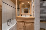 Val d'Isère Luxury Rental Appartment Danay Bathroom 3