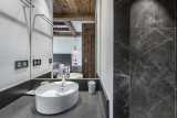 Val d'Isère Luxury Rental Appartment Ucelite Bathroom
