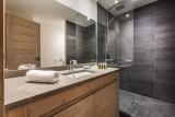 Val d'Isère Luxury Rental Apartment Vadakite Bathroom 3