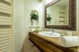 Val d'Isère Luxury Rental Apartment Varalite Bathroom