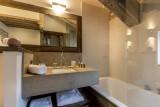 Val d'Isère Luxury Rental Appartment Vatilis Bathroom 2