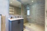 Val d'Isère Luxury Rental Apartment Vaxite Bathroom