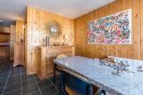 Val d'Isère Luxury Rental Apartment Vesuvin Dining Area