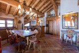 Val d'Isère Location Appartement Luxe Violane Salle A Manger