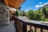 Val d'Isère Luxury Rental Appartment Vitalane Balcony