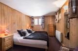 Val d'Isère Luxury Rental Chalet Jaden Bedroom 2