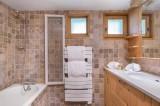 Val d'Isère Luxury Rental Chalet Jaden Bathroom