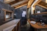 Val D'Isère Luxury Rental Chalet Umbate Bathroom