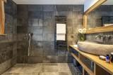 Val D'Isère Luxury Rental Chalet Umbate Shower Room