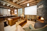 Val D'Isère Luxury Rental Chalet Umbite Living Room