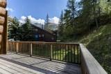 Val d'Isère Location Chalet Luxe Vauxate Terrasse