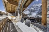 Val D'Isère Location Chalet Luxe Vonsanite Balcon Séjour
