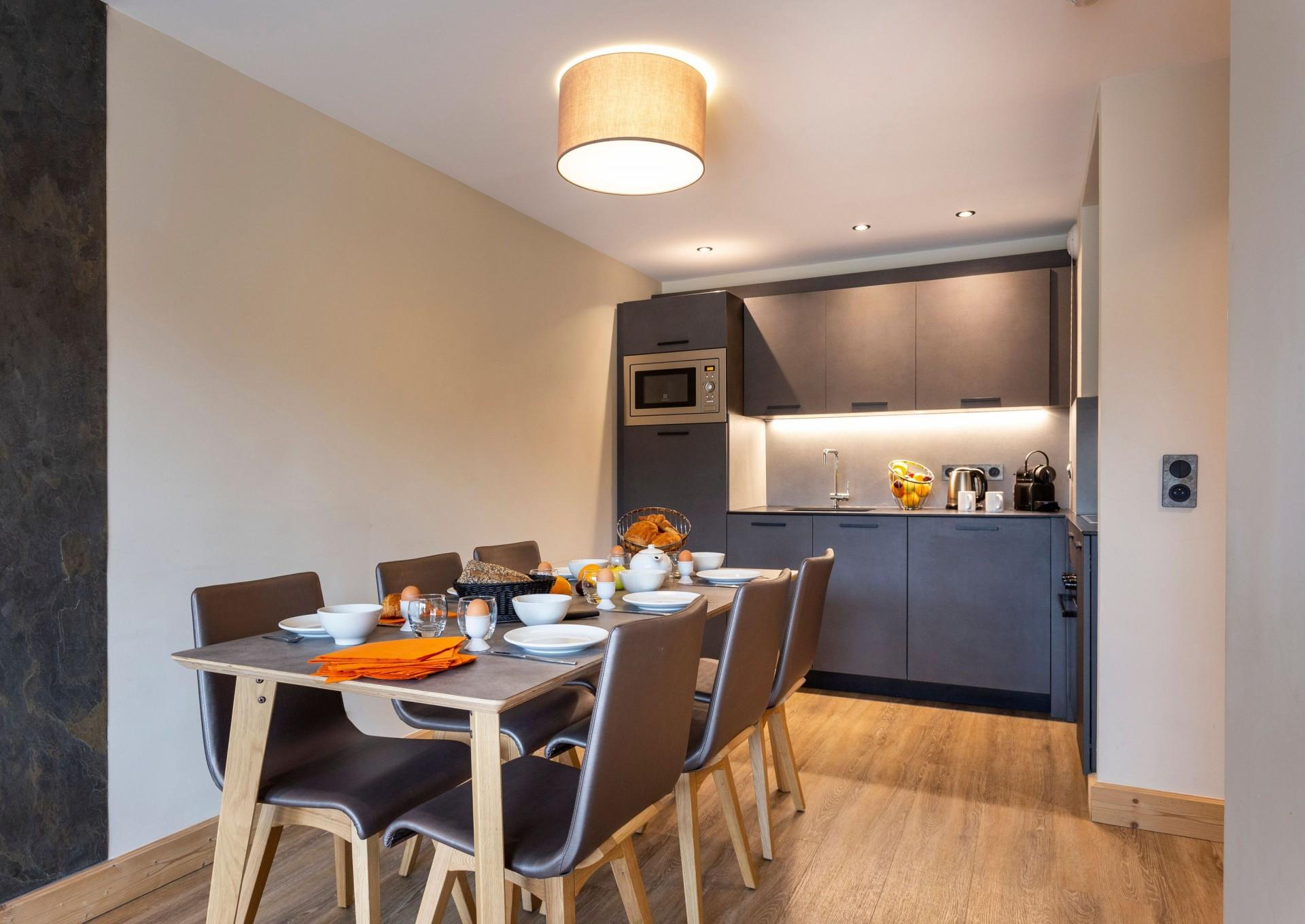 Alpe D'Huez Location Appartement Luxe Amari Salle A Manger