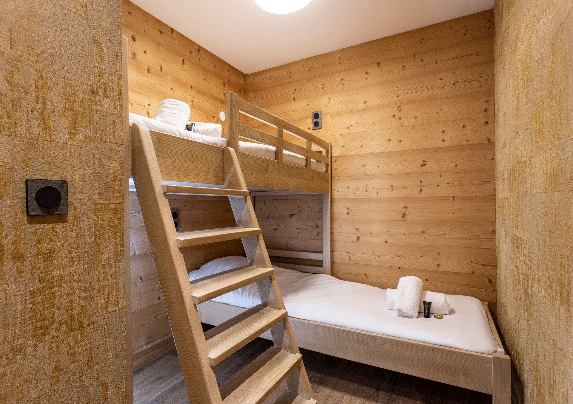 Alpe D'Huez Location Appartement Luxe Amarua Chambre Cabine