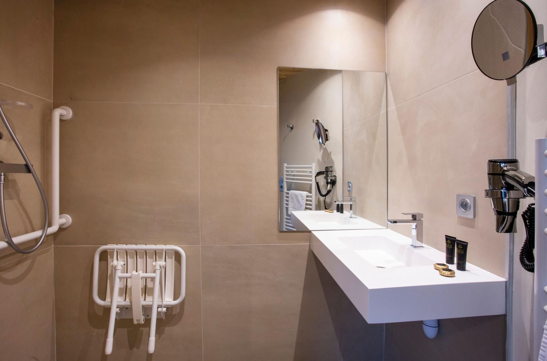 Alpe D'Huez Location Appartement Luxe Amarua Salle De Bain 2