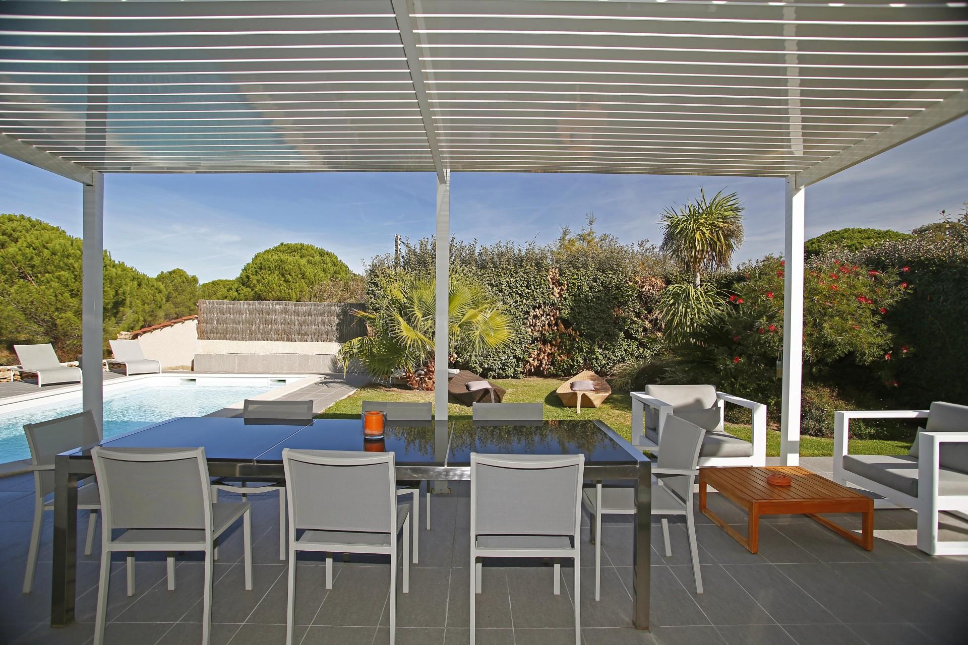Calvi Location Villa Luxe Curcuma Table Exterieure