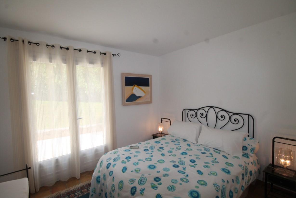 Cannes Luxury Rental Villa Calendula Bedroom 2