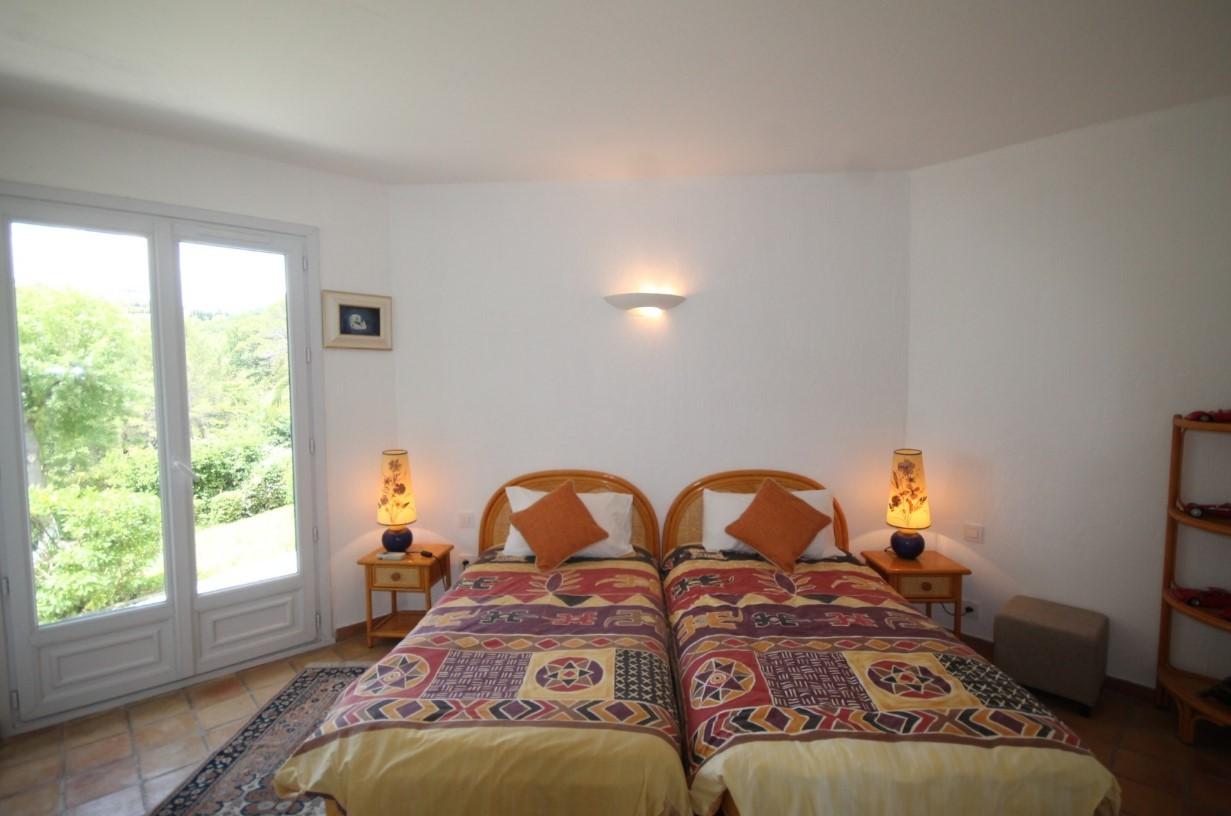 Cannes Luxury Rental Villa Calendula Bedroom 3