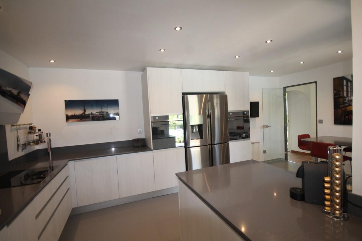 Cannes Luxury Rental Villa Calendula Kitchen