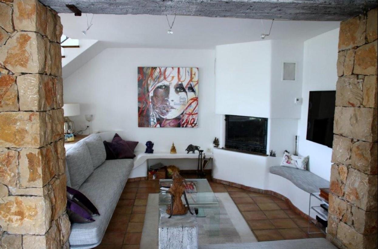 Cannes Luxury Rental Villa Calendula Living Room 3