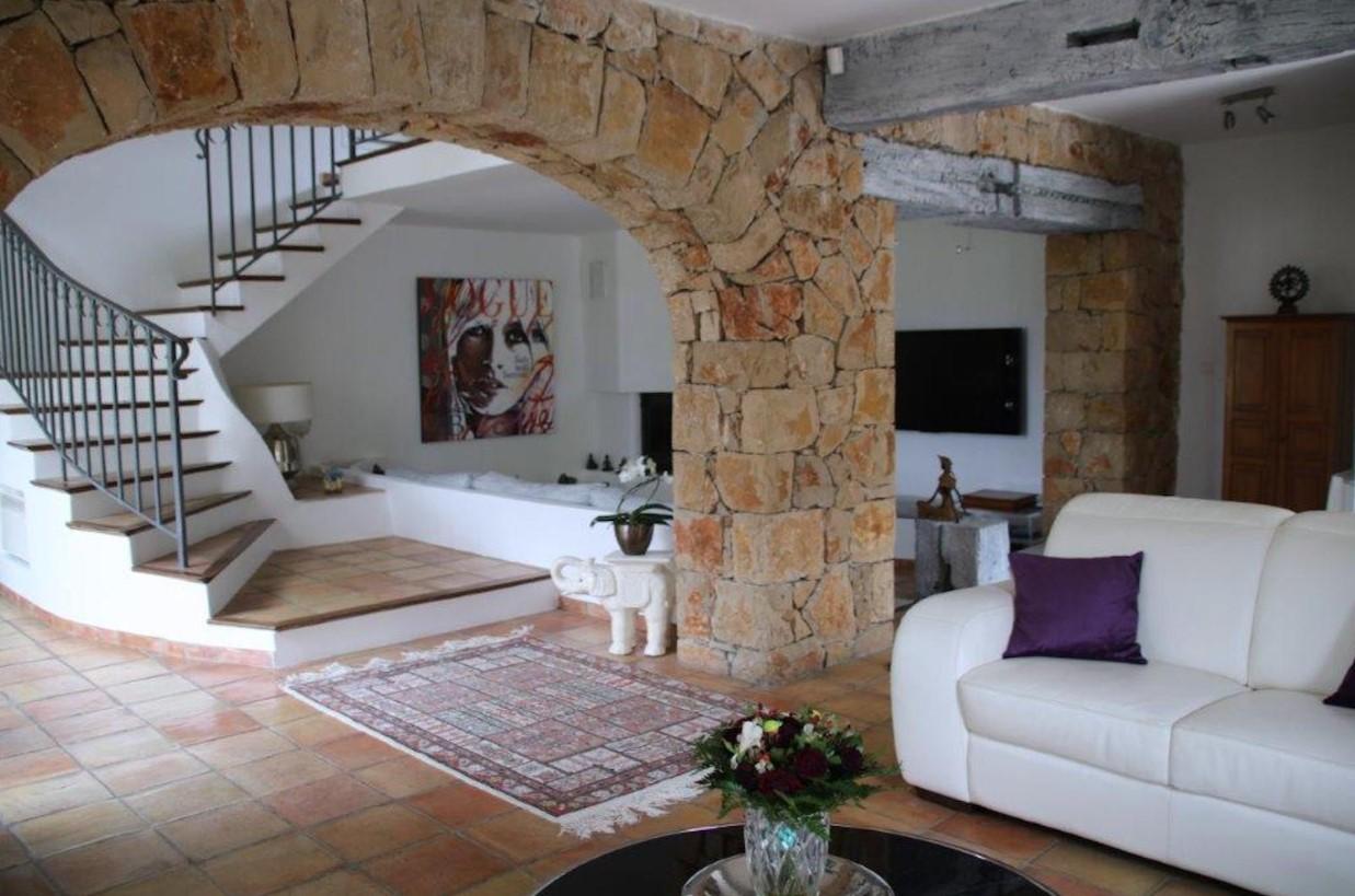 Cannes Luxury Rental Villa Calendula Living Room 4