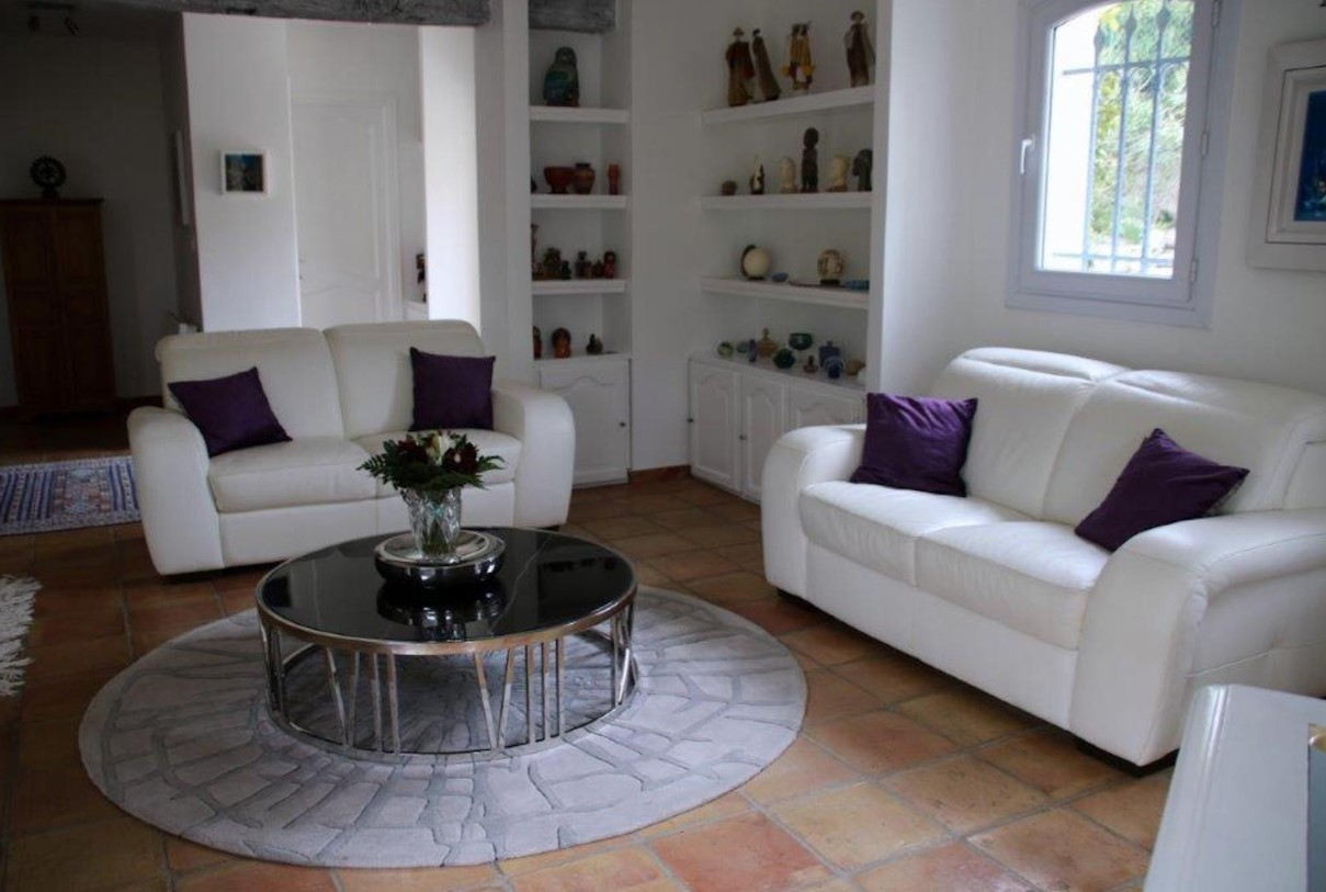 Cannes Luxury Rental Villa Calendula Living Room 5