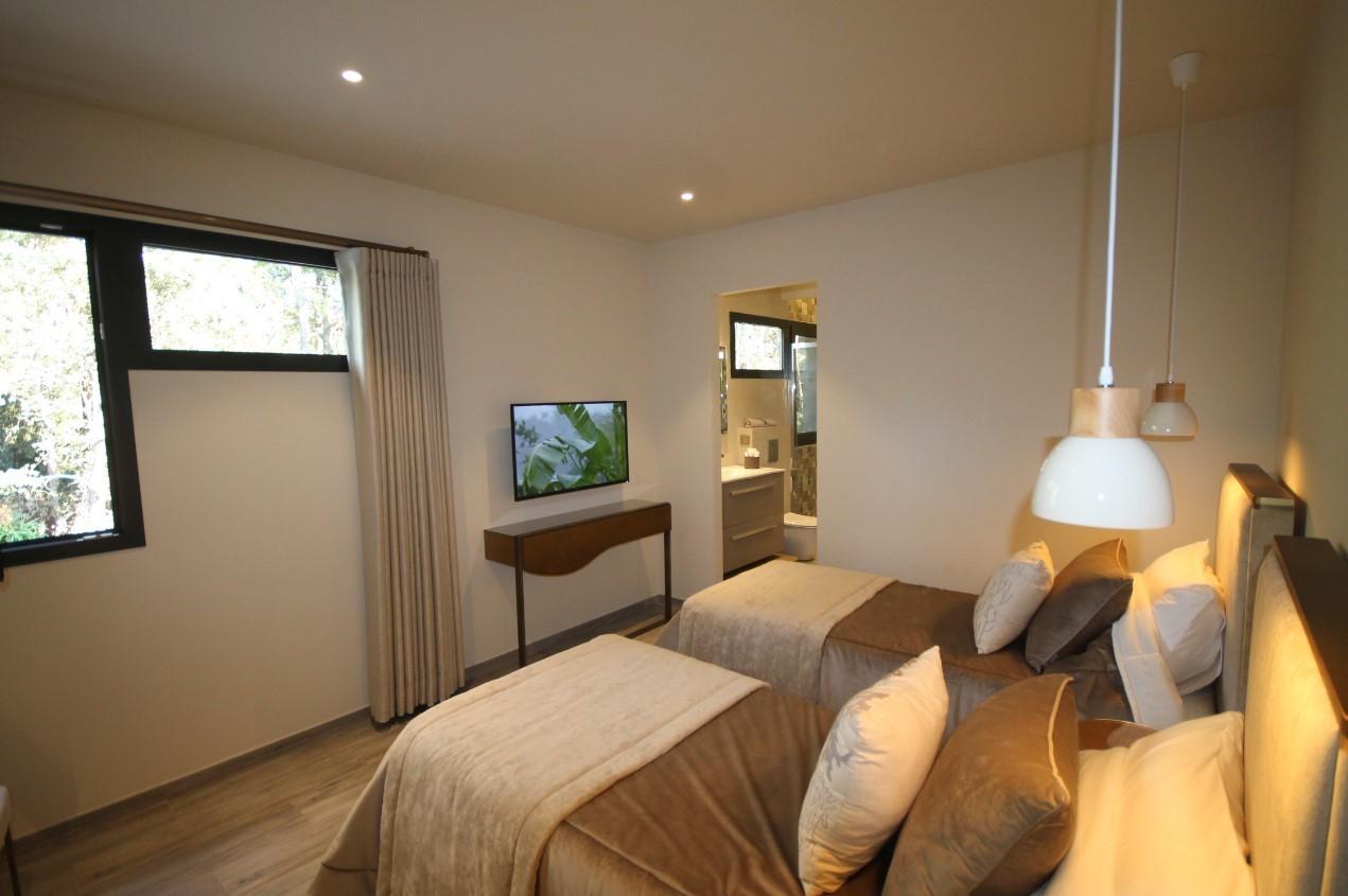 Cannes Luxury Rental Villa Cavanzite Bedroom 4