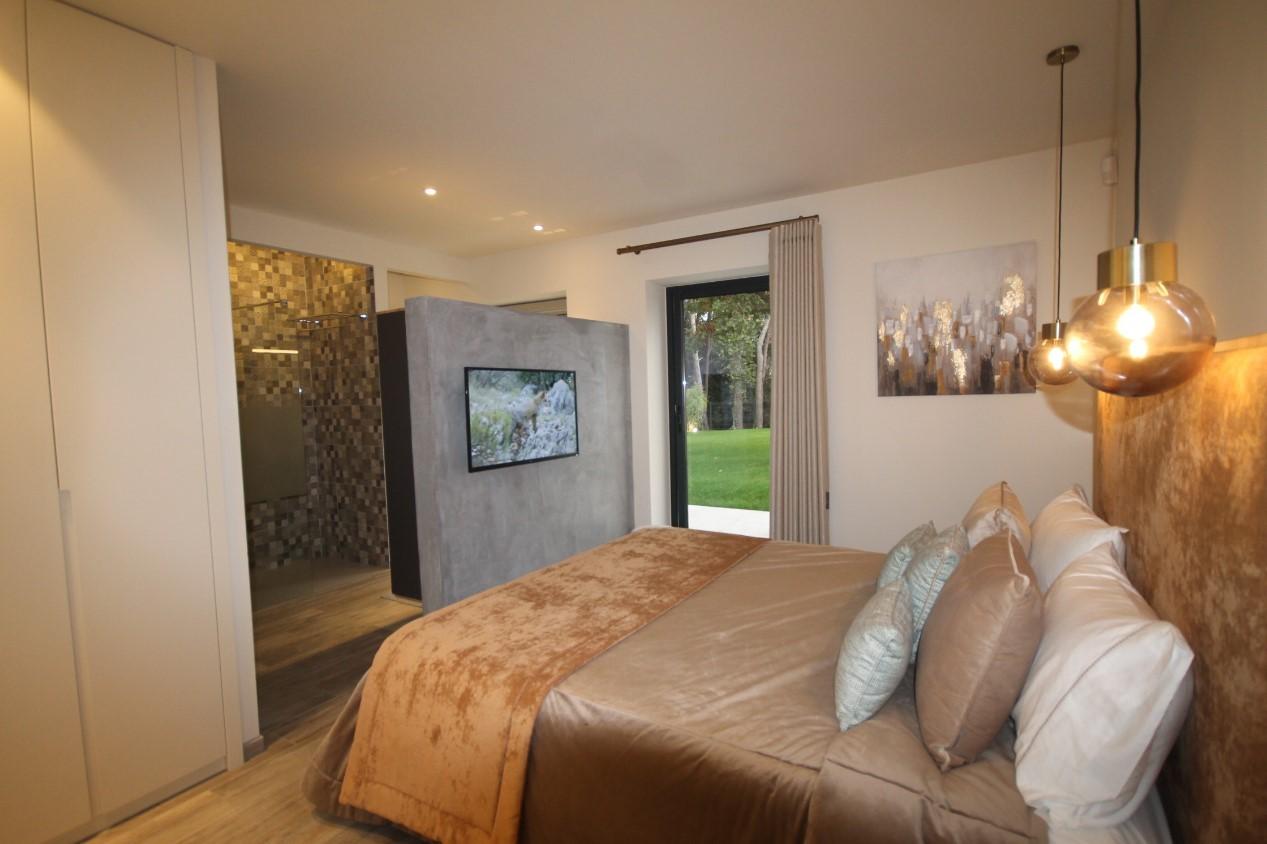Cannes Luxury Rental Villa Cavanzite Bedroom 6