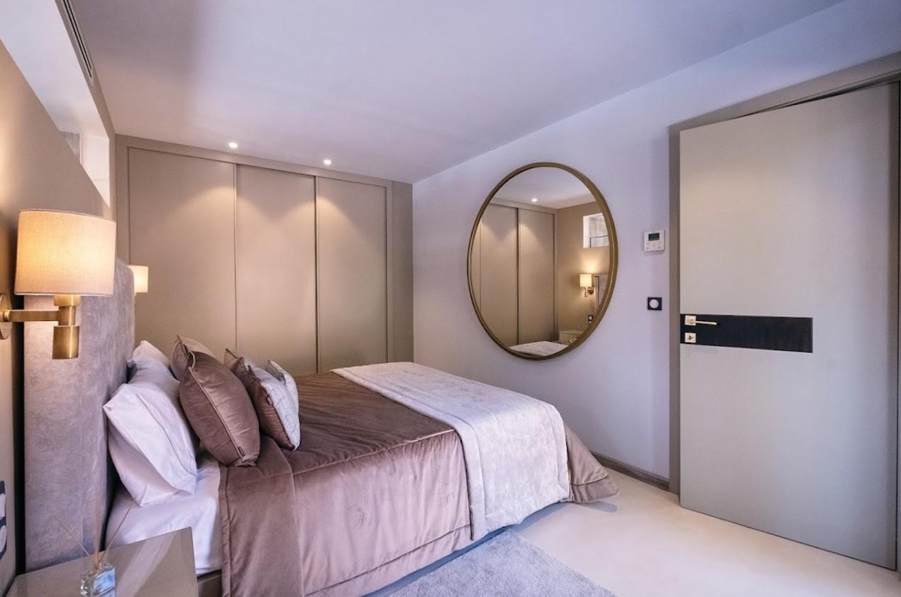 Cannes Luxury Rental Villa Cavanzite Bedroom 9