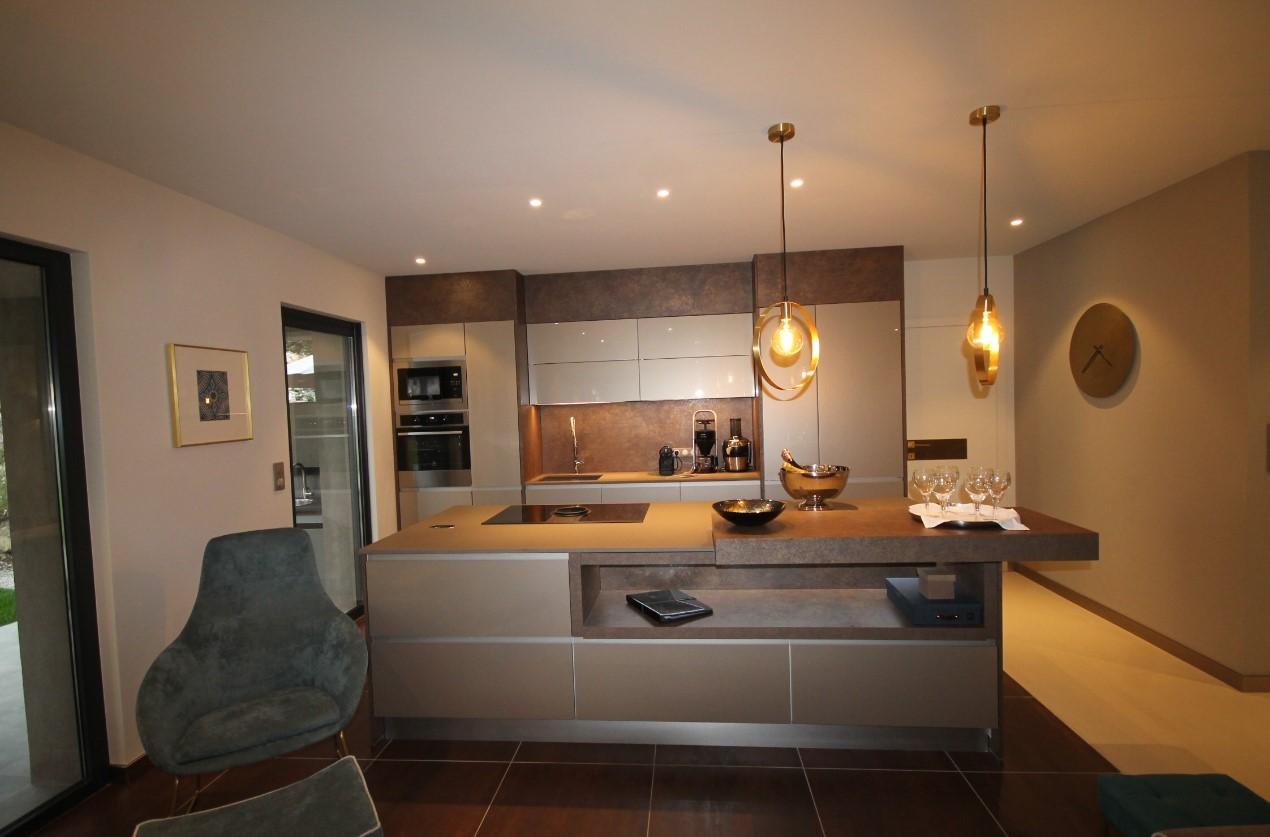 Cannes Luxury Rental Villa Cavanzite Kitchen 2