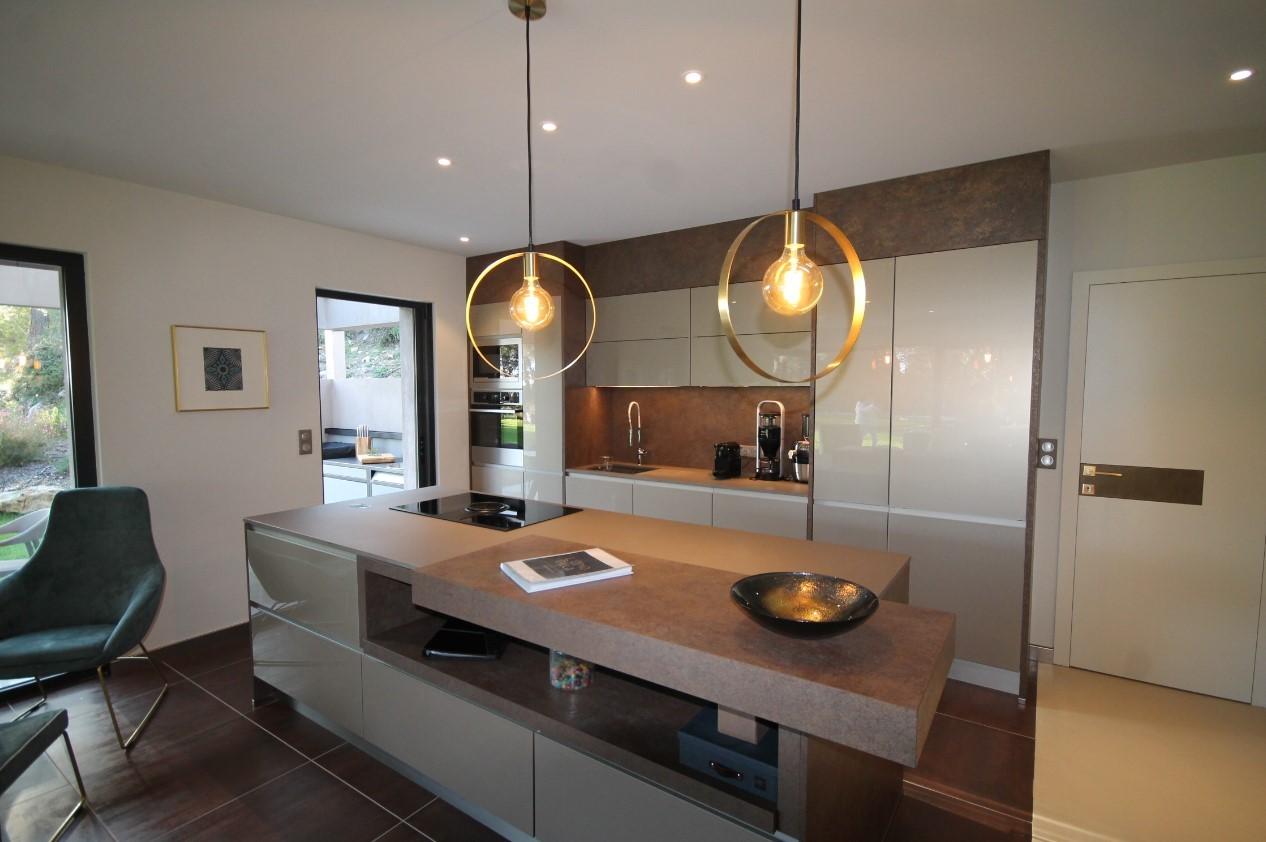 Cannes Luxury Rental Villa Cavanzite Kitchen