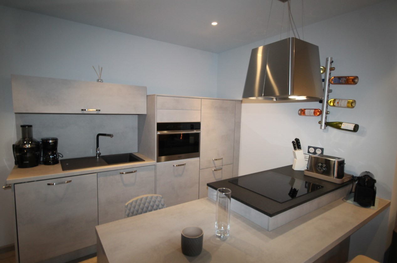 Cannes Luxury Rental Villa Cavanzite Kitchen 3