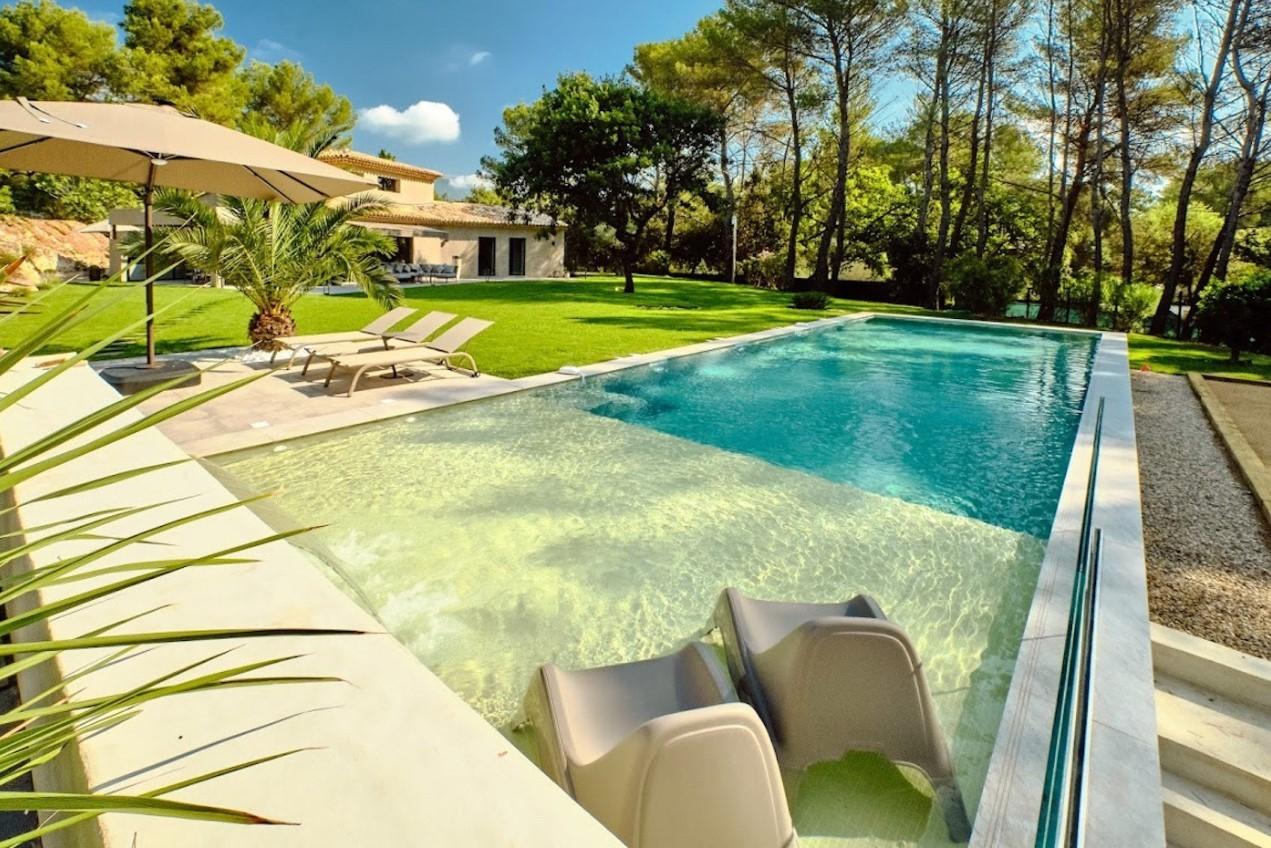 Cannes Luxury Rental Villa Cavanzite Pool 2