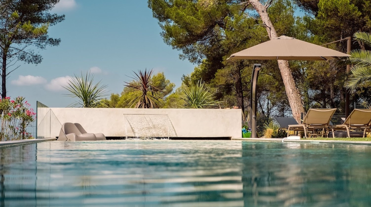 Cannes Luxury Rental Villa Cavanzite Pool 3