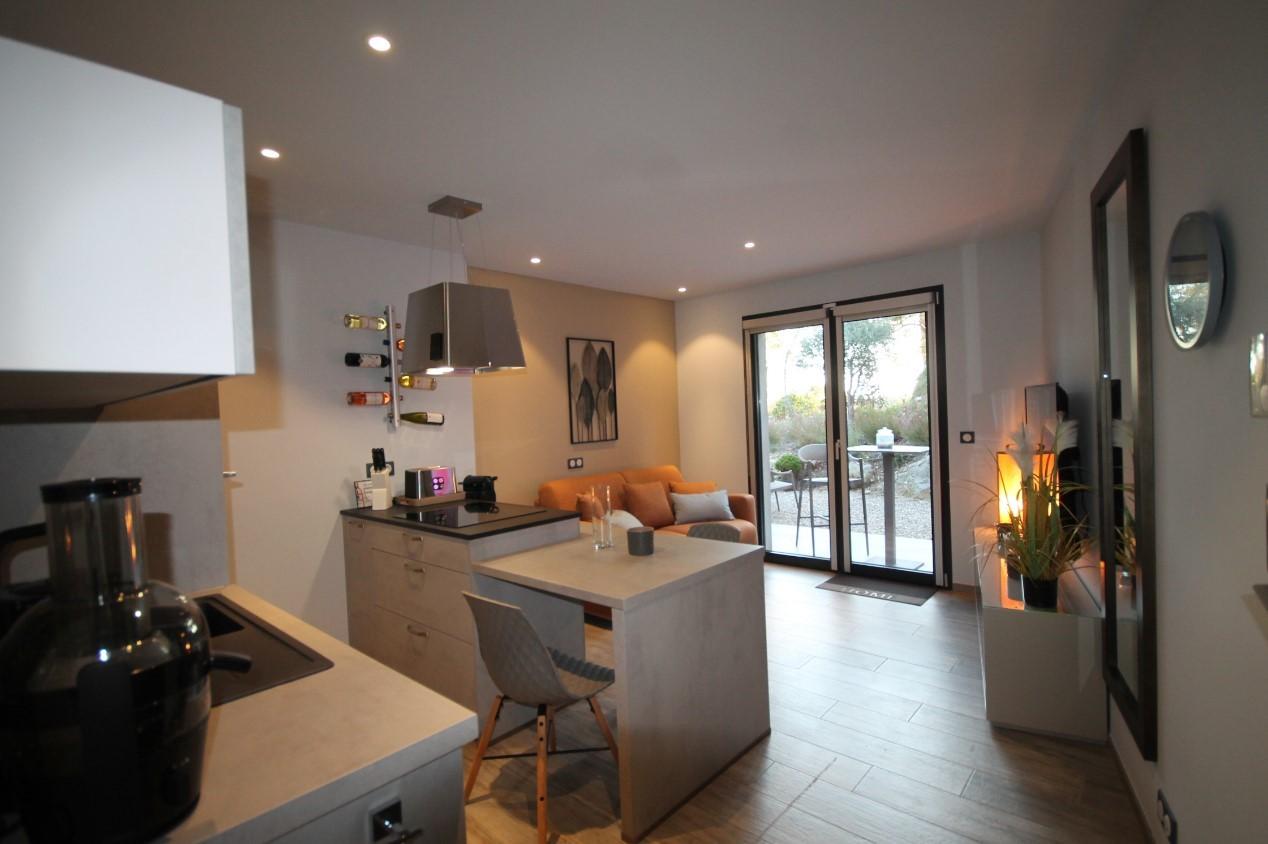 Cannes Luxury Rental Villa Cavanzite Living Room 2