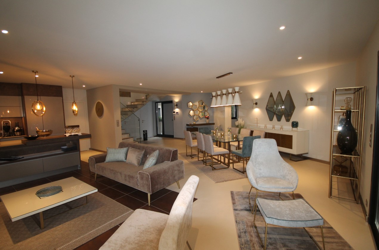 Cannes Luxury Rental Villa Cavanzite Living Room