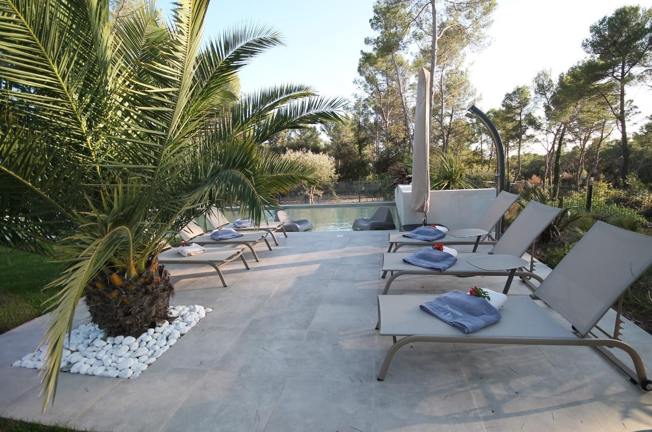 Cannes Luxury Rental Villa Cavanzite Terrace