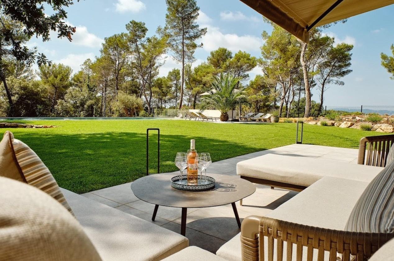 Cannes Luxury Rental Villa Cavanzite Terrace 3