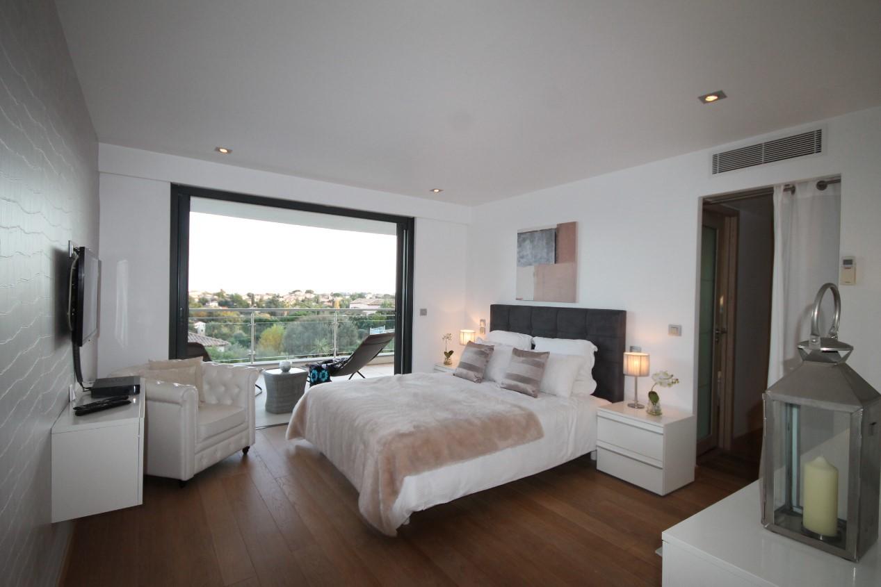 Cannes Luxury Rental Villa Coquelourde Bedroom 3