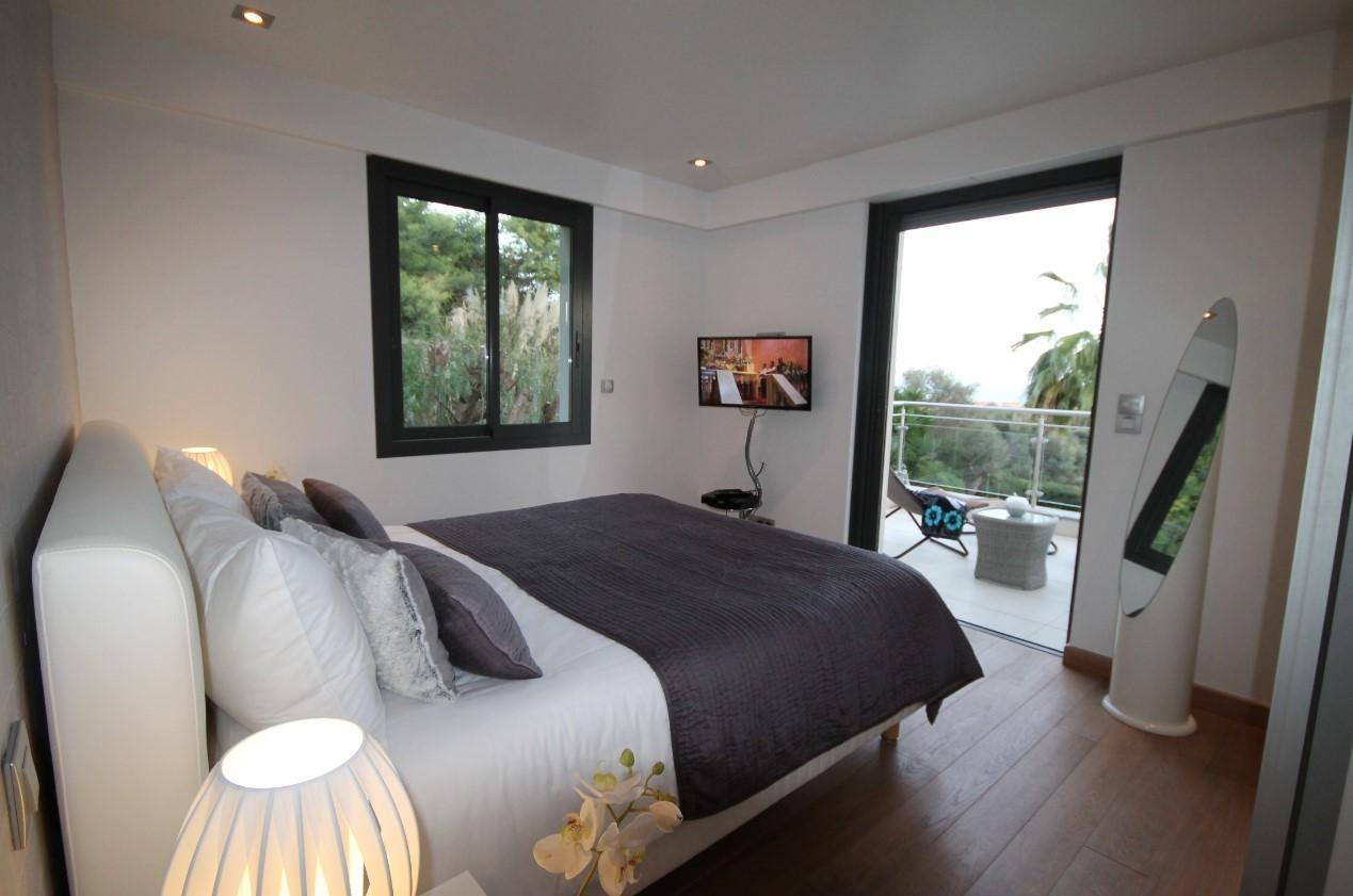Cannes Luxury Rental Villa Coquelourde Bedroom 4