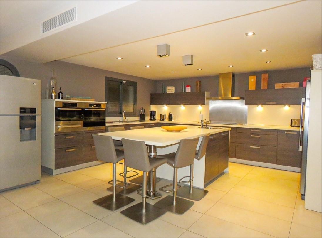 Cannes Luxury Rental Villa Coquelourde Kitchen 2