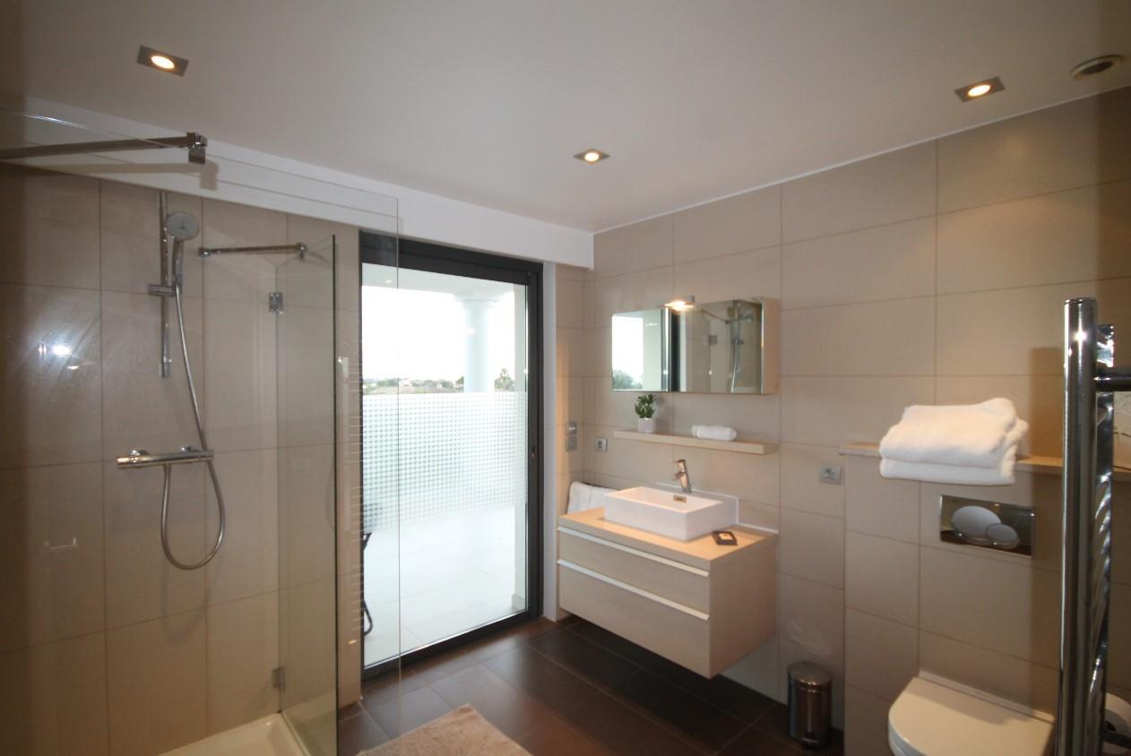 Cannes Luxury Rental Villa Coquelourde Shower Room 2