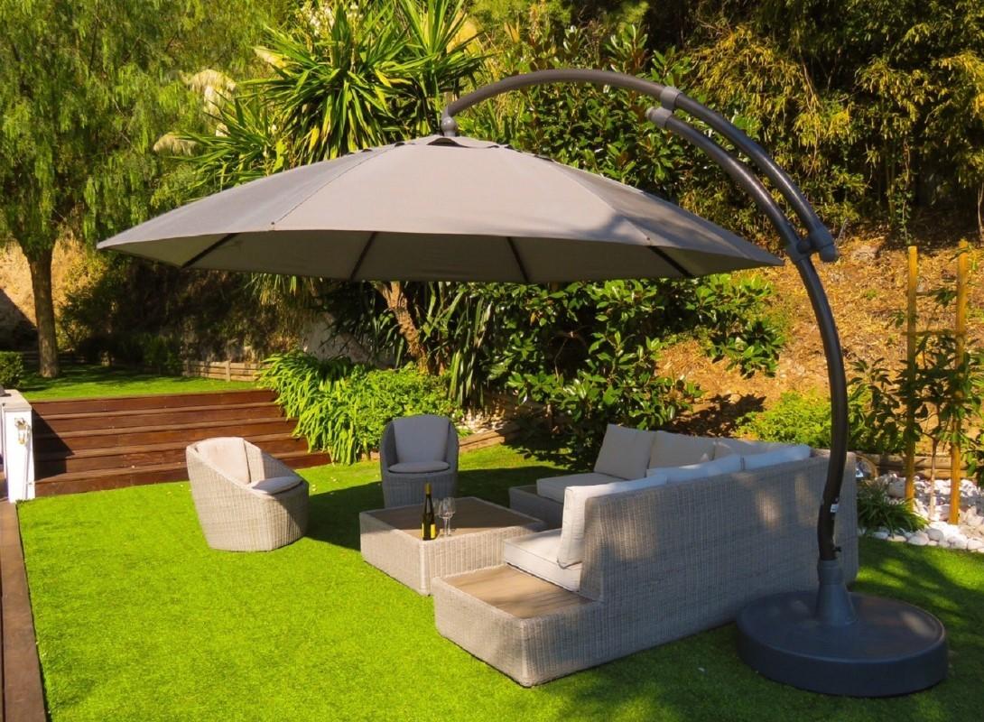Cannes Luxury Rental Villa Coquelourde Garden Furniture 2
