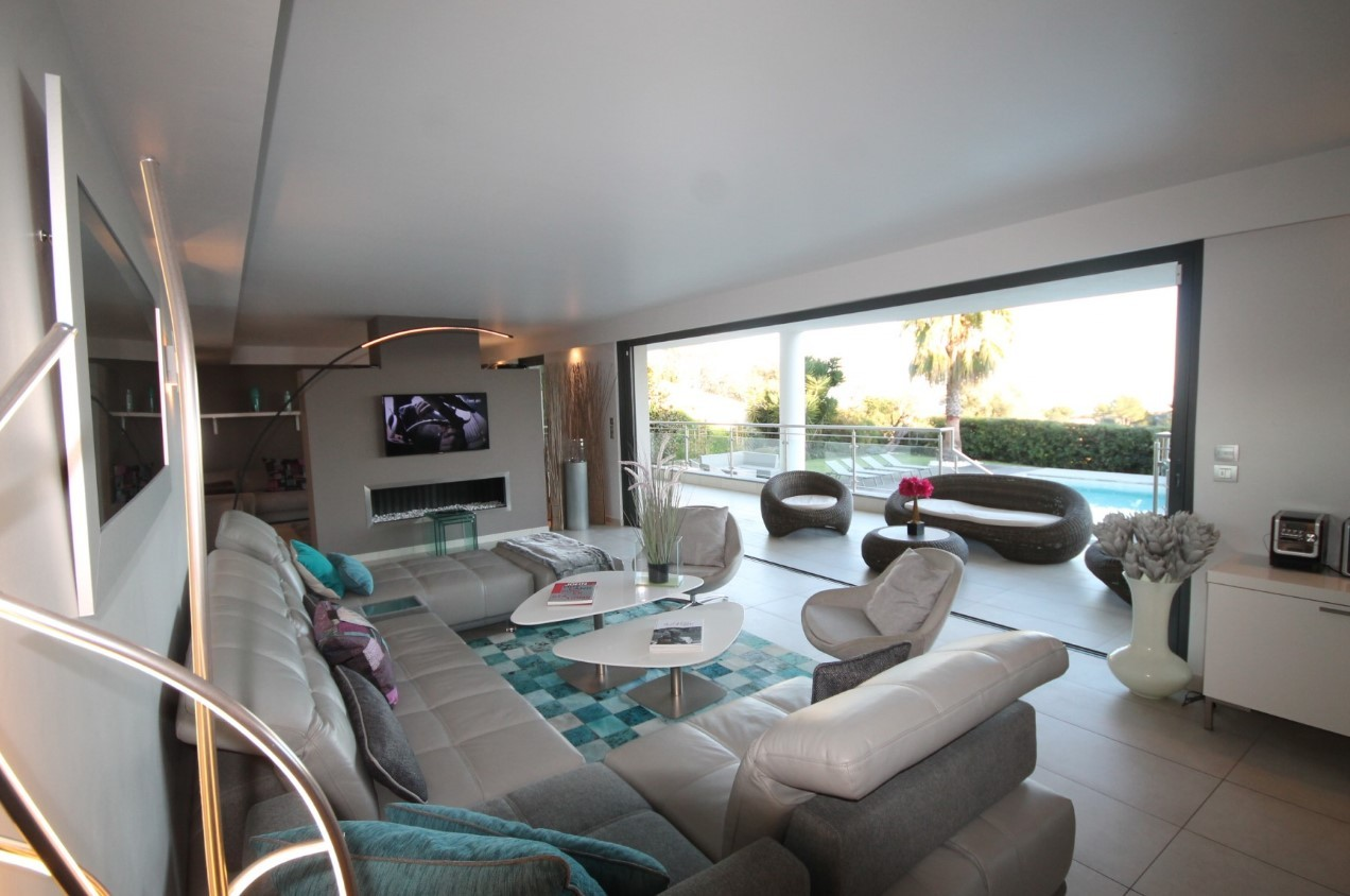Cannes Luxury Rental Villa Coquelourde Living Room 2