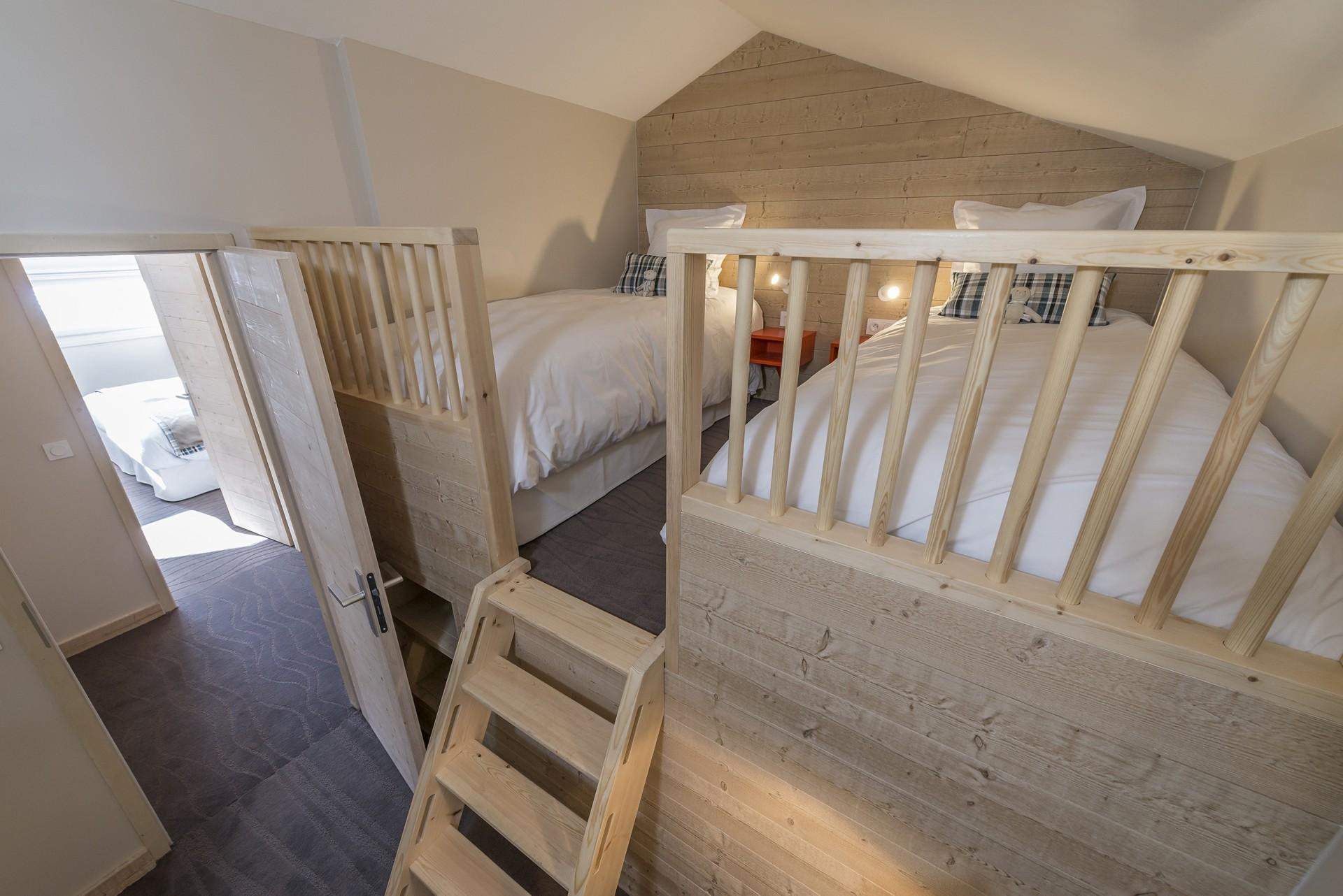 chambre-enfants-6-pieces-10-12-pers-141-7360x4912-7707