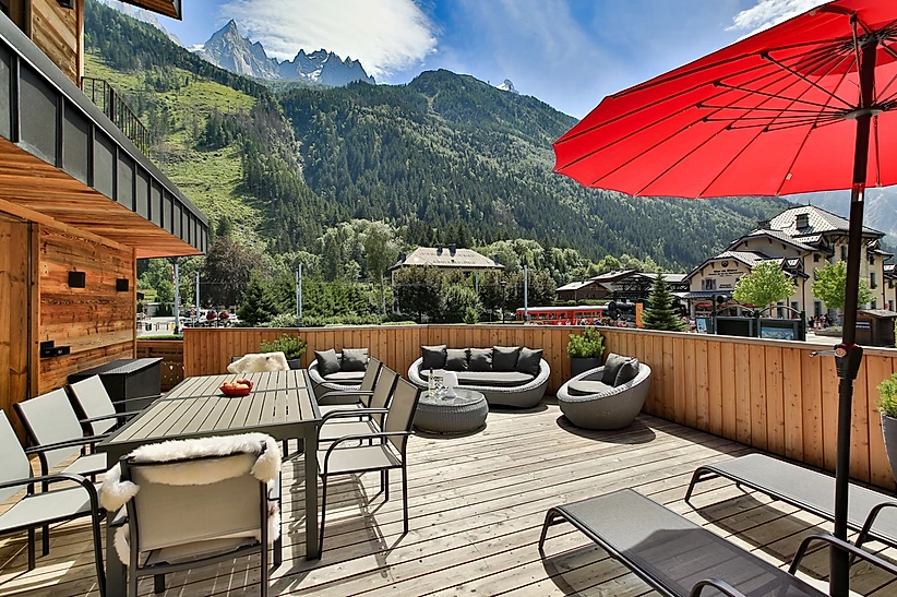 Chamonix Luxury Rental Appartment Courise Terrace 3