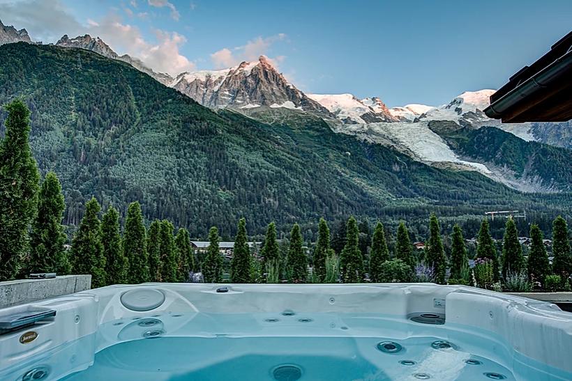 Chamonix Luxury Rental Chalet Coradi Jacuzzi