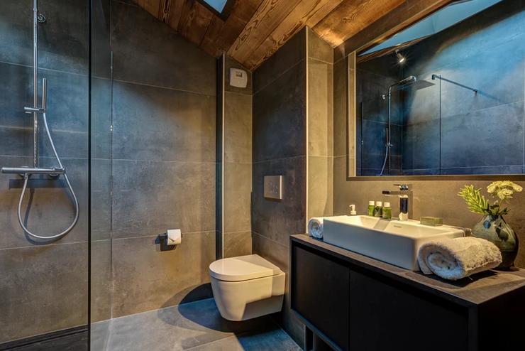 Chamonix Luxury Rental Chalet Coradi Bathroom 2