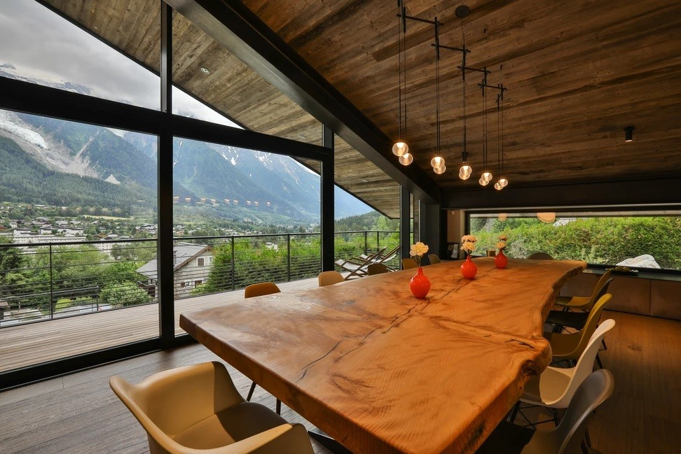 Chamonix Location Chalet Luxe Cotarix Table à Manger