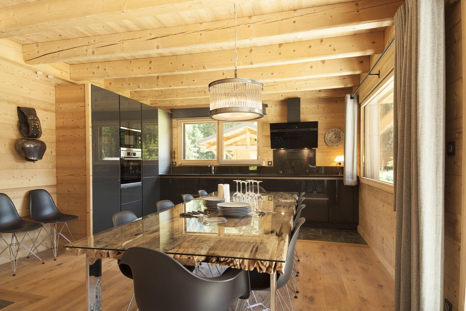 Chamonix Luxury Rental Chalet Cristy Dining Area